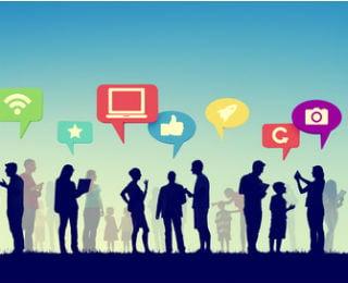Social_Media_Caractures_Interacting