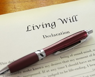 living will document and pen