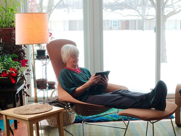 woman viewing iPad