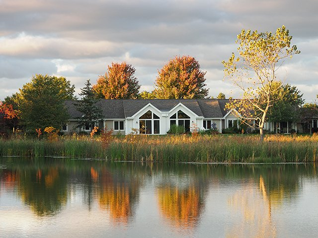 cottages overlooking pond
